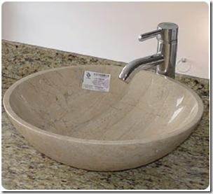 平面上的洗手盆